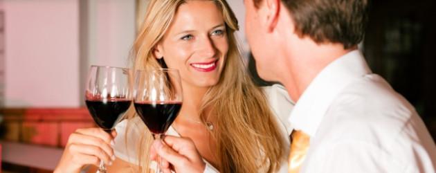 Flirten sexuelle anspielungen 10 Tipps für richtig heißen Büroflirt - News,