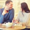 Flirt frau interesse Körpersprache der Frau - 5 Signale, dass sie auf dich steht - Männlichkeit stärken