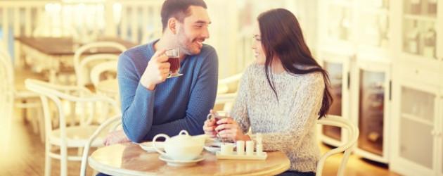 Frage an männer thema flirten trotz beziehung