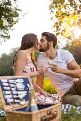 2 Freunde starten Dating