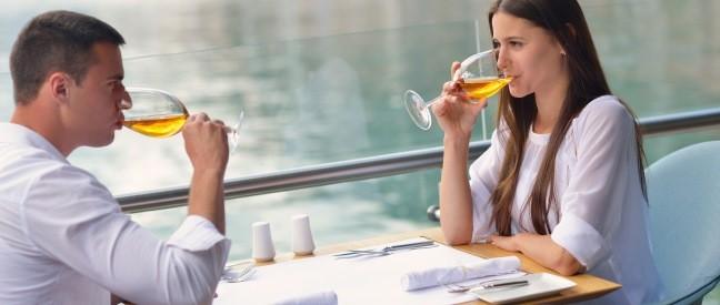 Dating-Tipps, die schüchterne Jungs wissen sollten Kleine Armenie datiert